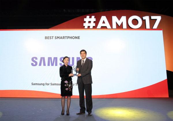 Galaxy-S8-elu-meilleure-smartphone